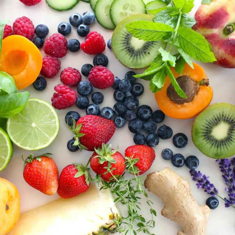 Pieci mīti par augļiem