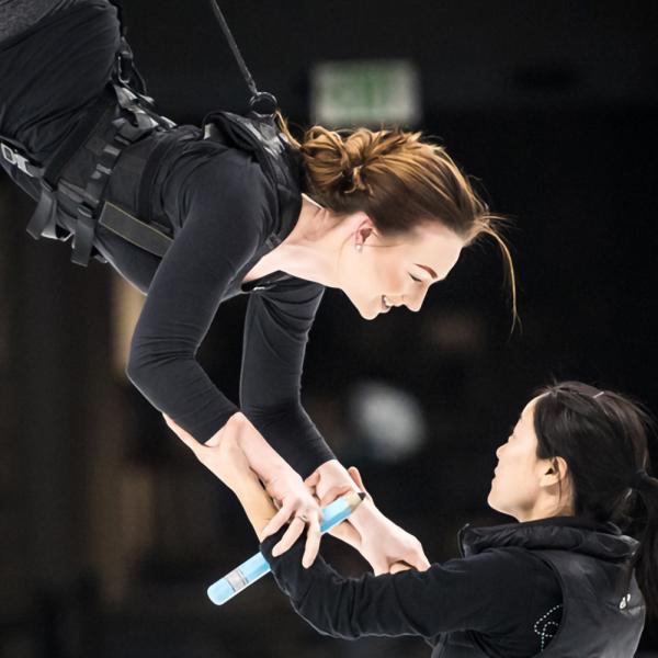 """Janvārī Rīgā viesosies cirks """"Cirque du Soleil"""", šoreiz ar akrobātisko izrādi uz ledus"""
