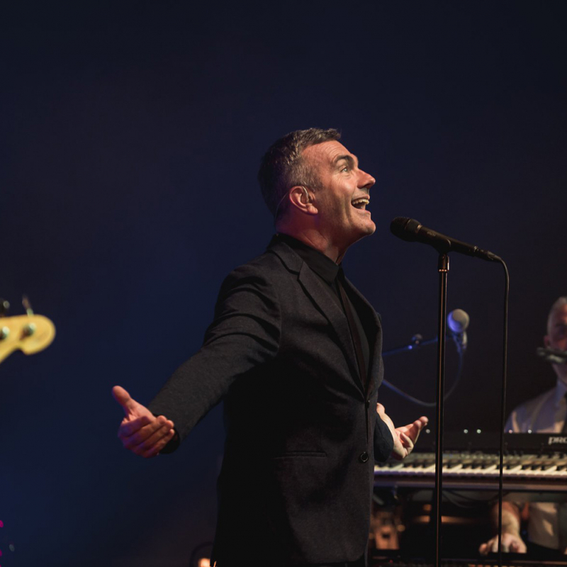 """Ar grupas """"Electro Deluxe"""" koncertu Liepājas koncertzāle """"Lielais dzintars"""" atklāj vasaras koncertu sezonu. FOTO"""