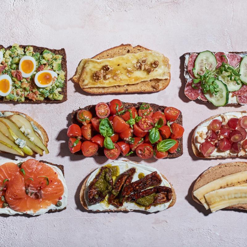 Uzkodu maizīšu receptes Māmiņdienai vai vienkāršām brokastīm
