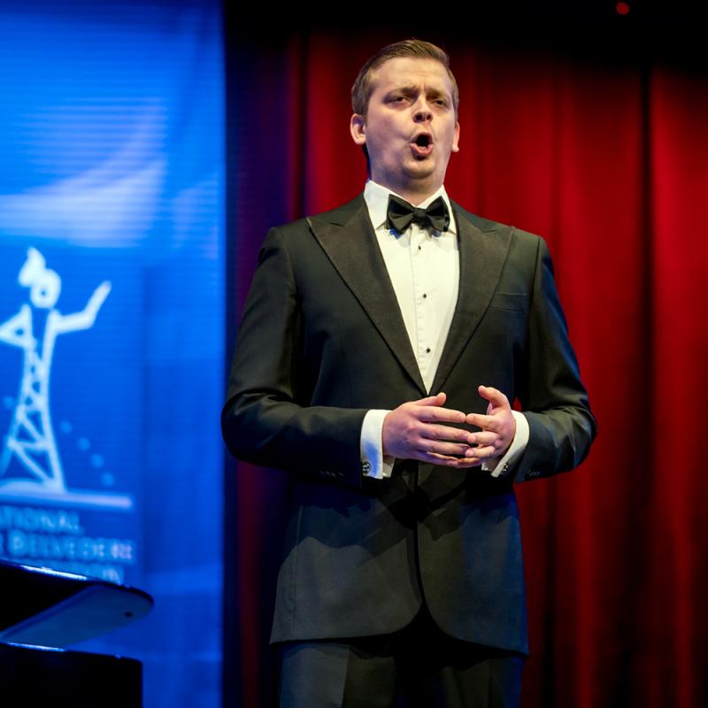 Prestižā Hansa Gabora Belvederes jauno operdziedātāju konkursa finālā iekļuvis Latvijas baritons Kalvis Kalniņš