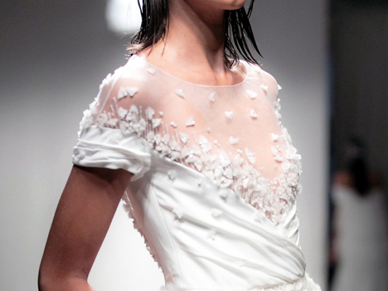 Kāzu kleitu tendences 2019.gadam