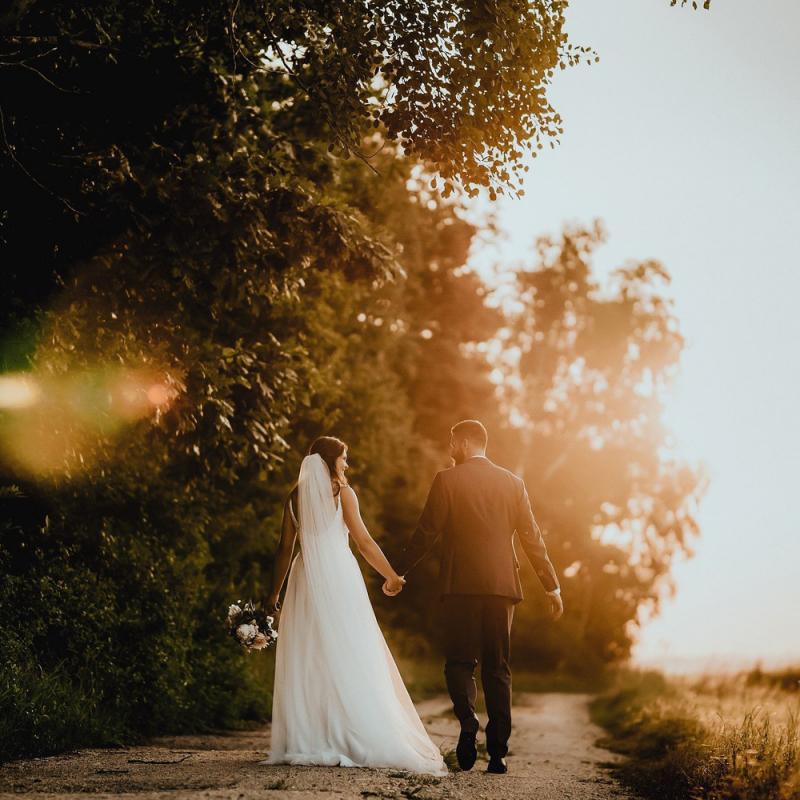 Ekonomisku kāzu plānošana – kā sarīko lieliskus svētkus un ietaupīt naudu