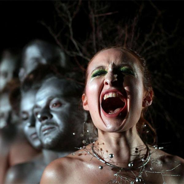 """Daugavpils teātrī izrāde """"Kliedzēji"""" Viestura Roziņa režijā"""