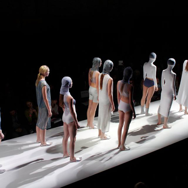 LMA studentu modes skate šogad pievērsīsies ķermeņa modifikācijas tēmai