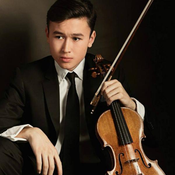 """""""Mihaila Kaziņika dienu"""" koncertprogrammu Rīgā atklās vijolnieks virtuozs Daniēls Lozakovičs"""