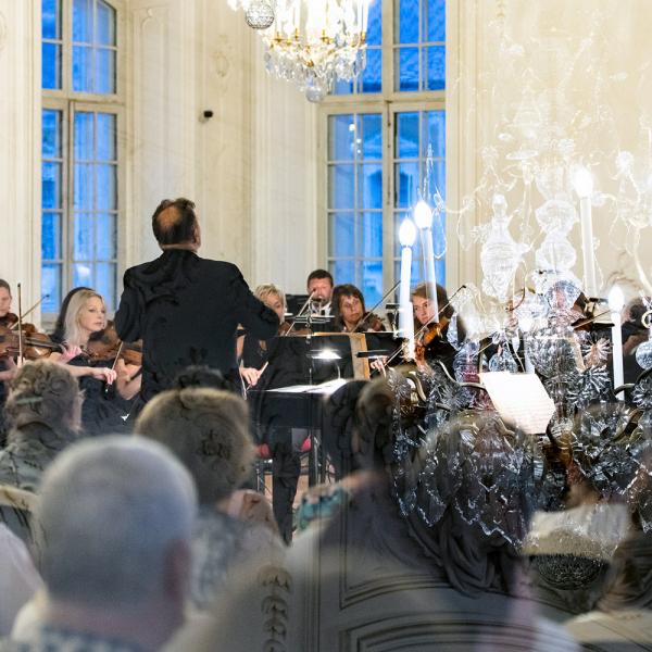 Rundāles pilī skanēs Liepājas Simfoniskā orķestra koncerts