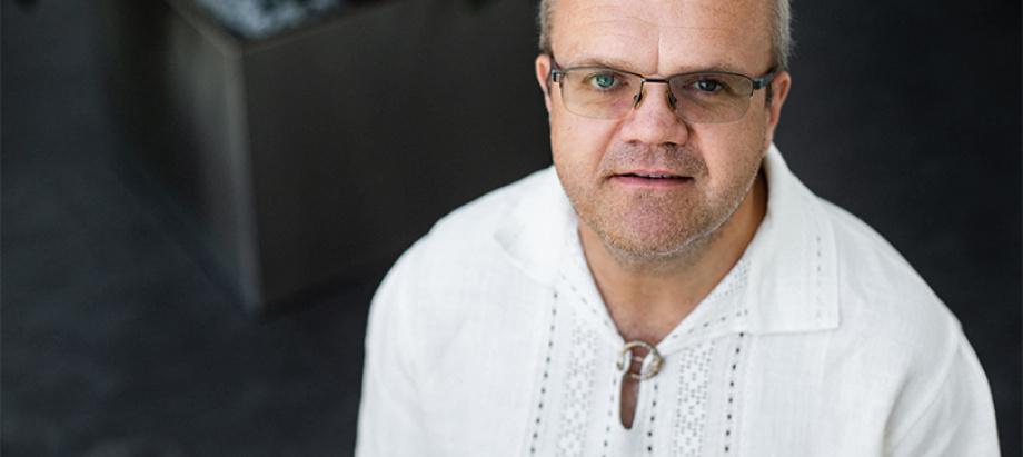 Diriģents Māris Sirmais Ziemassvētku festivālā aicina uz īpašu noskaņu koncertu