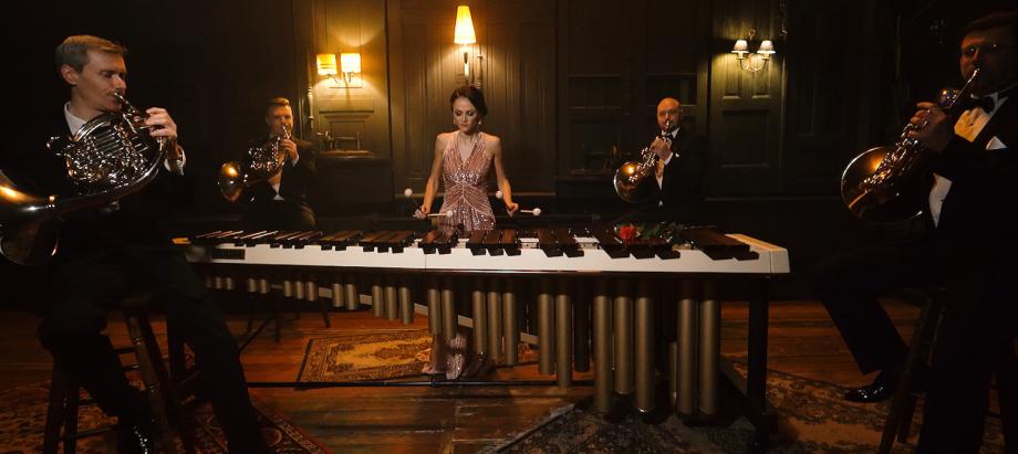 Liepājas Simfoniskā orķestra mūziķu sveiciens visu mīlētāju dienā