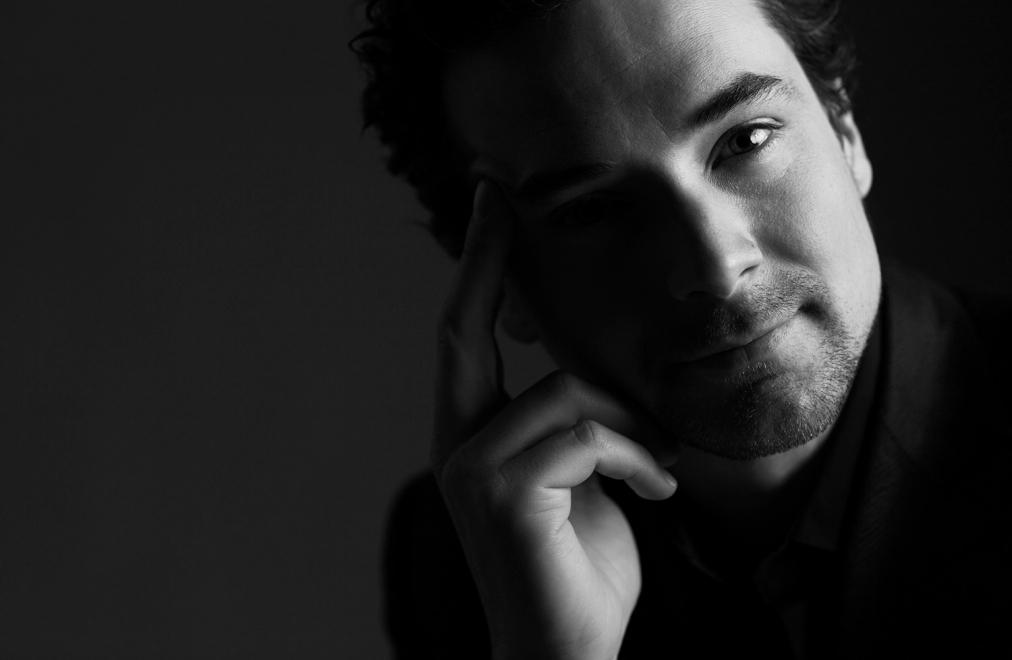 Dzintaru koncertzālē uzstāsies džeza pianists un dziedātājs Maikls Kaešamers