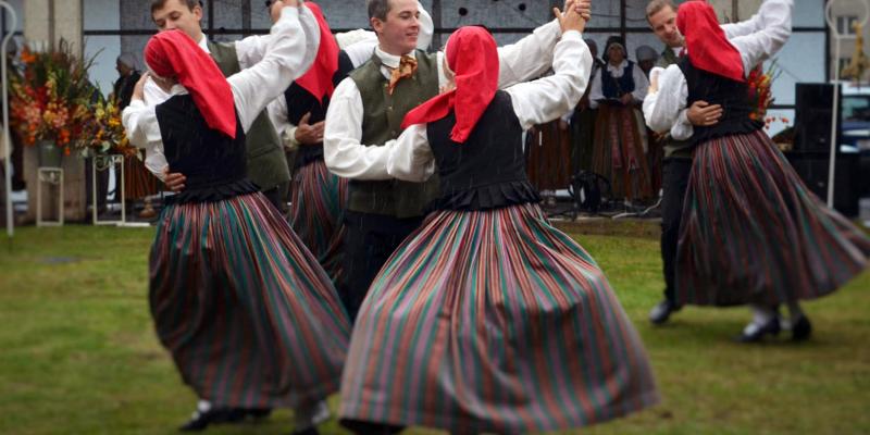 Rīgā ar gadatirgu Doma laukumā un plašu kultūras programmu atzīmēs Miķeļdienu