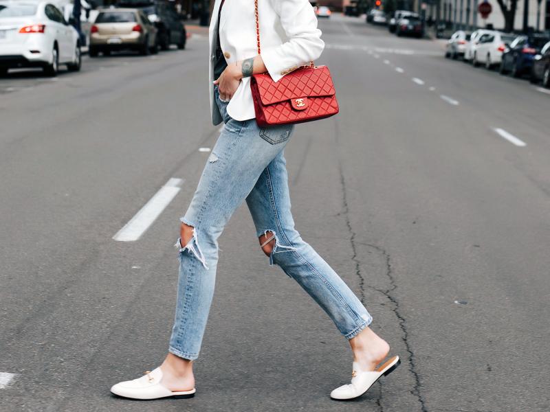 10 apģērba gabali, kas vienmēr ir modē