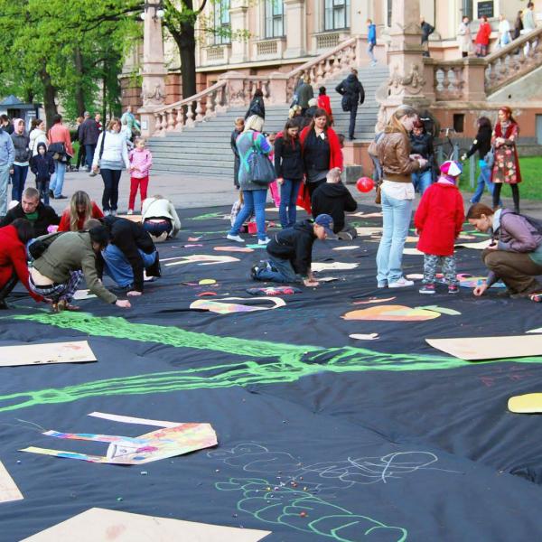 Ar plašu pasākumu programmu Rīgā atzīmēs Starptautisko bērnu aizsardzības dienu