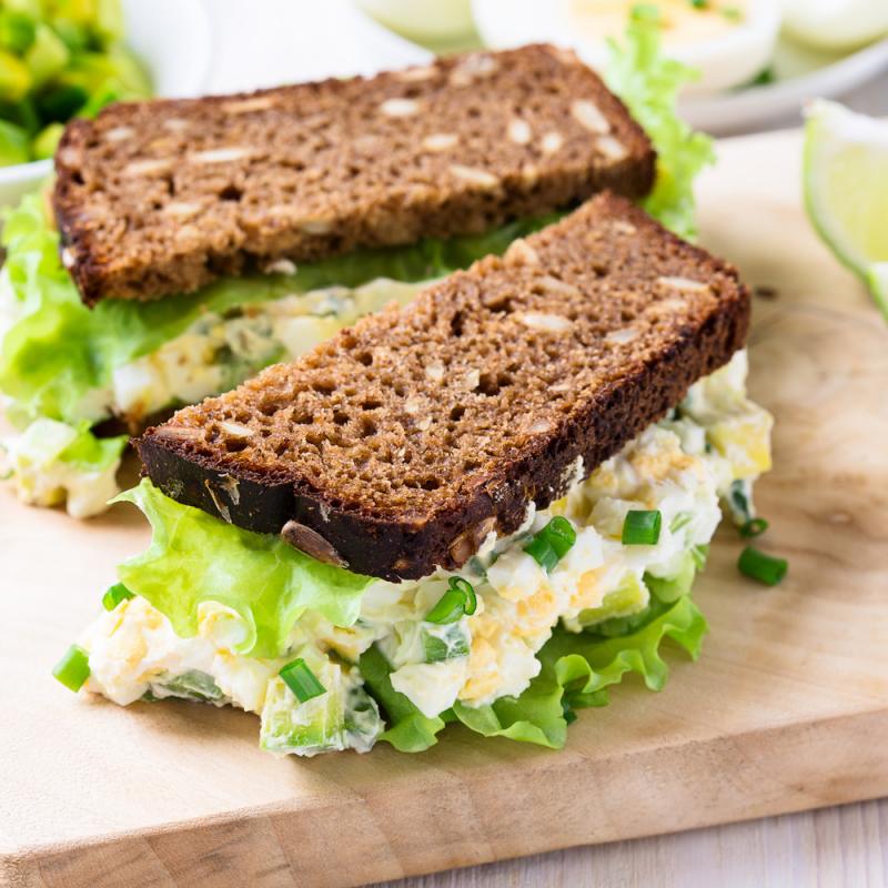 Sātīgās sendviču receptes pārgājienam dabā