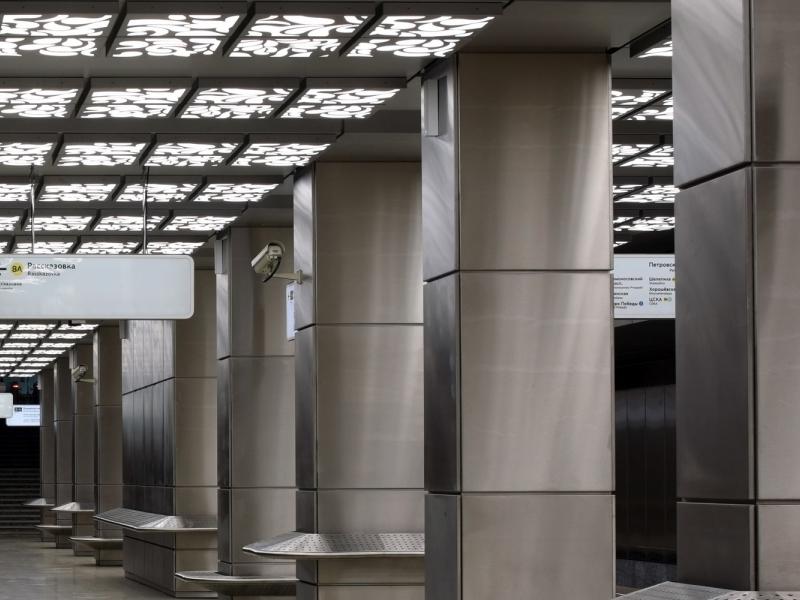 Latvijas arhitektu projektētā metro staciju atzīst par skaistāko jaunizbuvēto staciju Maskavā