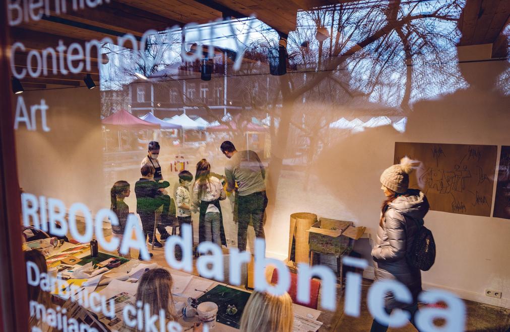 Kalnciema kvartālā - tirgus, laikmetīgās mākslas darbnīcas un Eglona Brūna grāmatas atklāšana