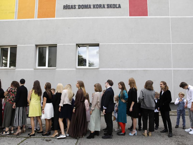 Rīgas Doma kora skolas jaunie mūziķi atgriežas koncertdzīvē