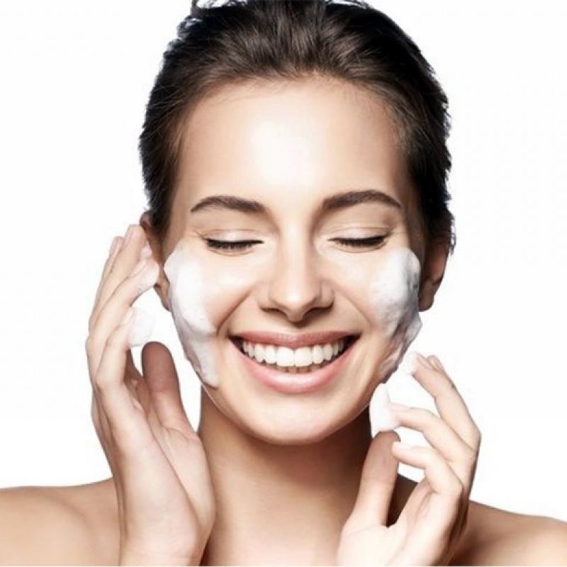 Kā iegūt nevainojamu sejas ādu?