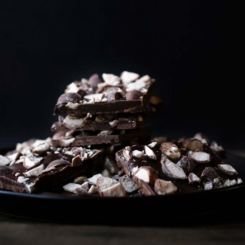 Šokolāde ar riekstiem