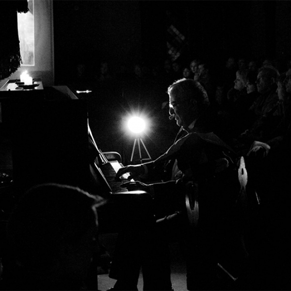 """Mihails Kaziņiks aicina uz unikālu koncertlekciju """"Vijoles triumfs"""""""